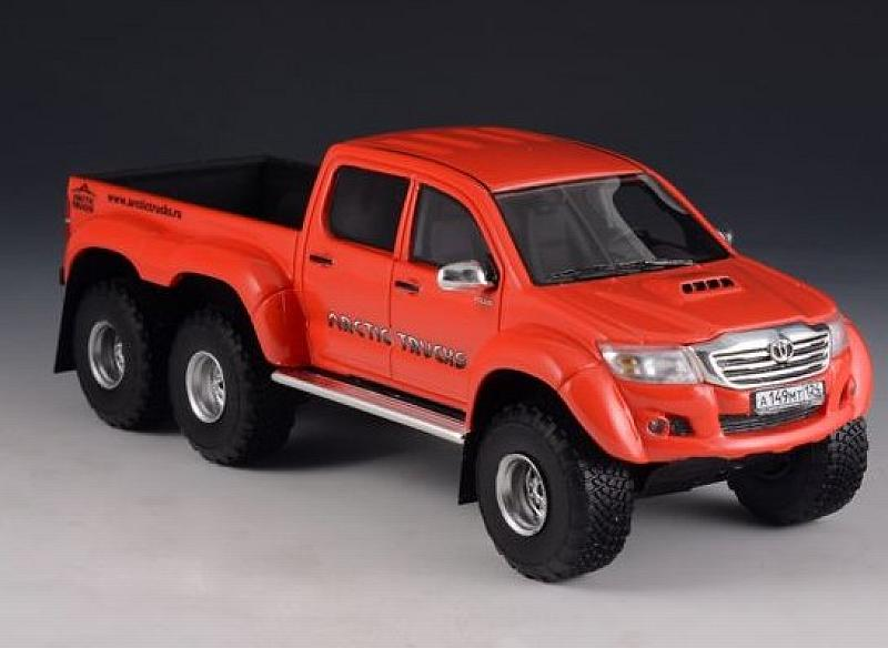 Toyota Hilux AT44 6x6 2014 Arctic Truck (Orange-red) by glm-models