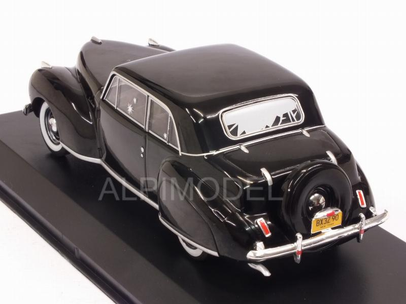 Lincoln Continental 1941 The Godfather 1972 (with bullet whole damage) - greenlight