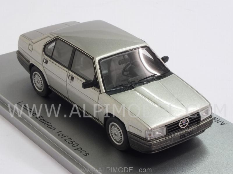Alfa Romeo Alfa 90 Quadrifoglio Oro 1984 (Light Grey Metallic) - kess