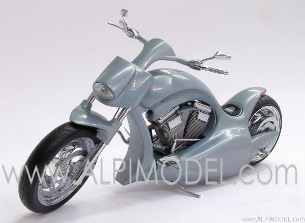 Hollister Excite Liquid Silver 2003 by minichamps
