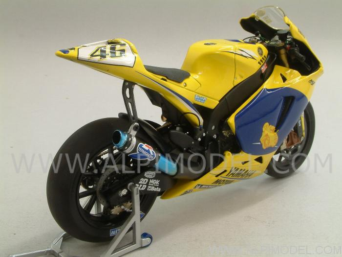 Yamaha YZR-M1 MotoGP Sachsenring 2006 Dirty Version - Valentino Rossi - Limited Edition 1999pcs. - minichamps