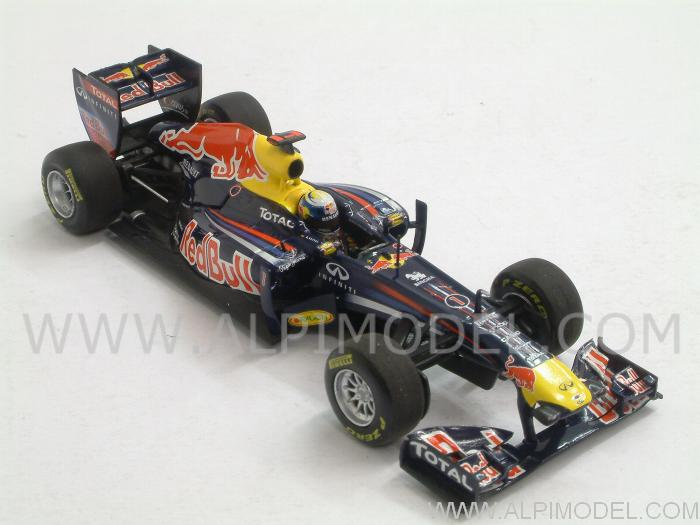 Red Bull RB7 World Champion 2011  Sebastian Vettel - minichamps