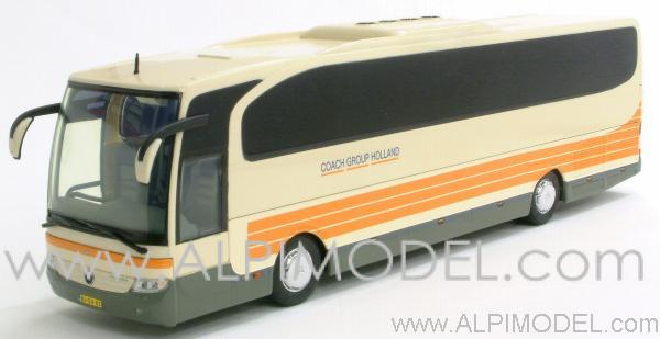 minichamps Mercedes Travego Bus 2000 (1/43 scale model)