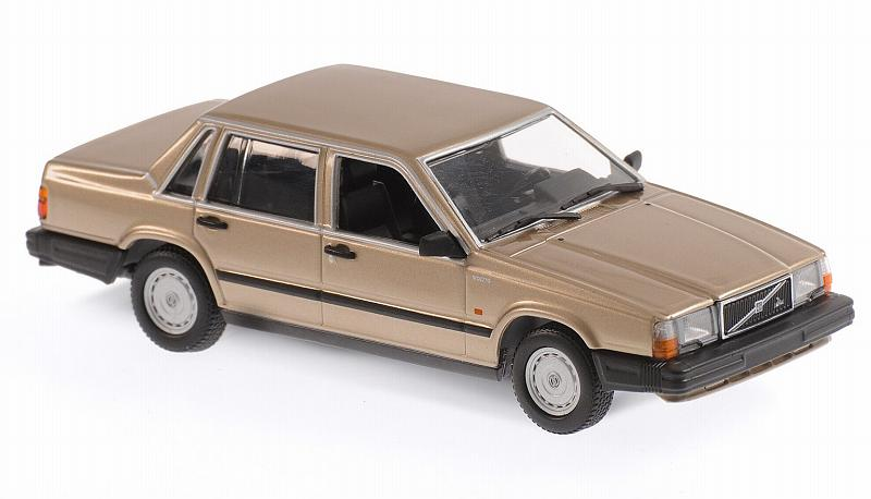 Volvo 740 GL 1986 (Gold Metallic) 'Maxichamps' Edition by minichamps