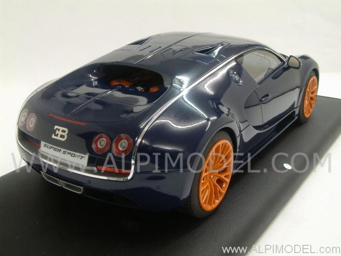 mr collection bugatti veyron super sport 2010 blue carbonium 1 18 scale model. Black Bedroom Furniture Sets. Home Design Ideas