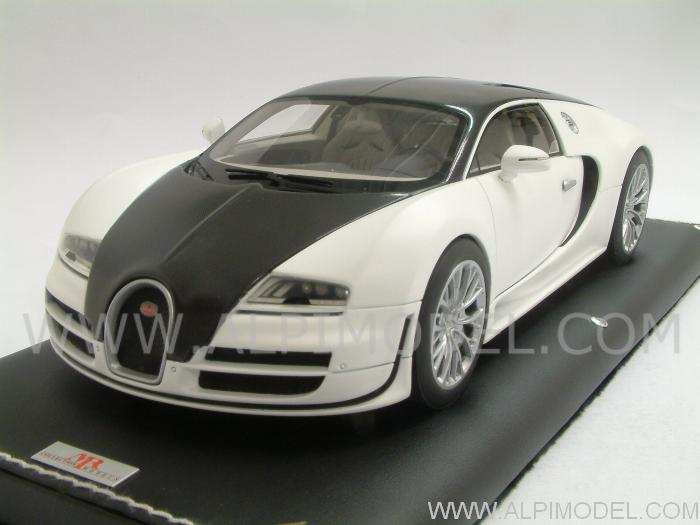 mr collection bugatti veyron super sport 2010 solid white matt carbon 1 18. Black Bedroom Furniture Sets. Home Design Ideas