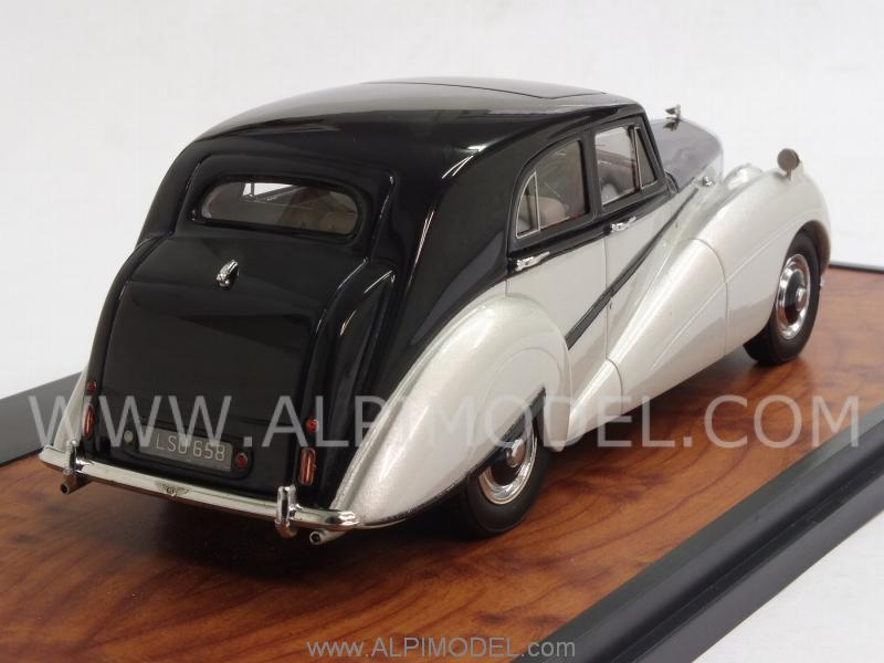 decorate my homepage matrix models bentley harold radford countryman mkii 10201