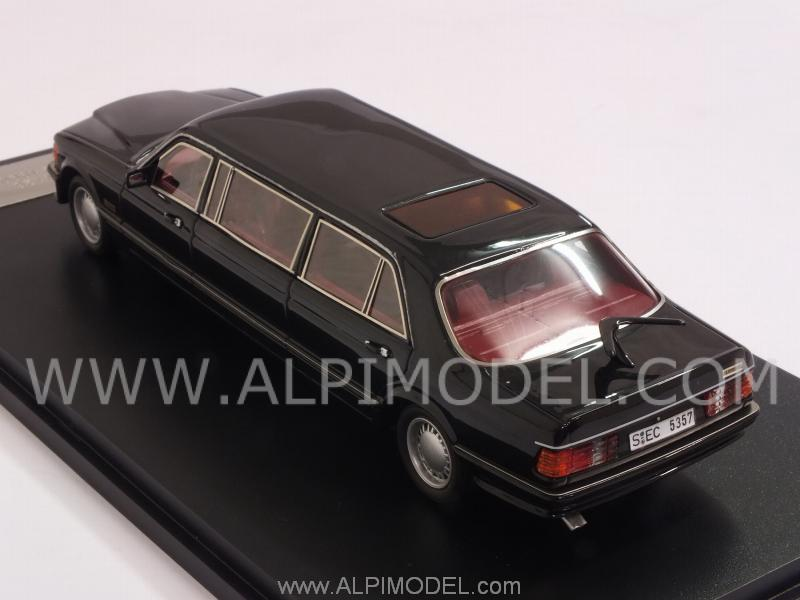 Mercedes W126 Stretch Limousine (Black) - neo