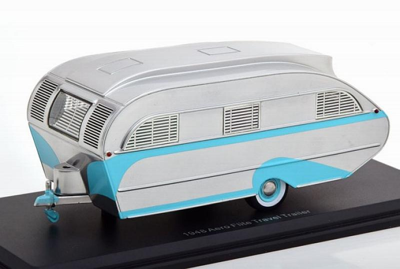 Aero Flite Falcon Travel Trailer (Silver/Turquoise) by neo