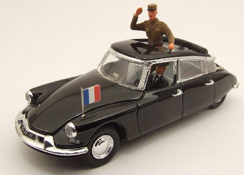 Citroen DS General De Gaulle 1960 (with figure) by rio
