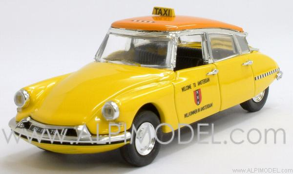 Citroen DS19 Amsterdam Taxi 1963 by rio