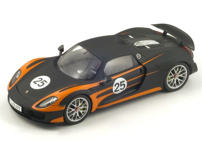 Spark Model Porsche 918 Spyder 25 Weissach 1 18 Scale Model