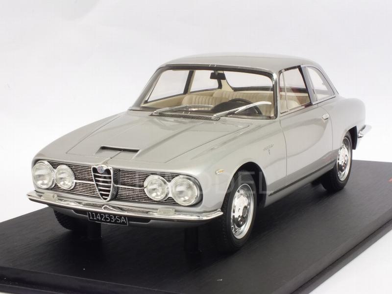 True Scale Miniatures Ts0073 Alfa Romeo 2600 Sprint 1962 Light