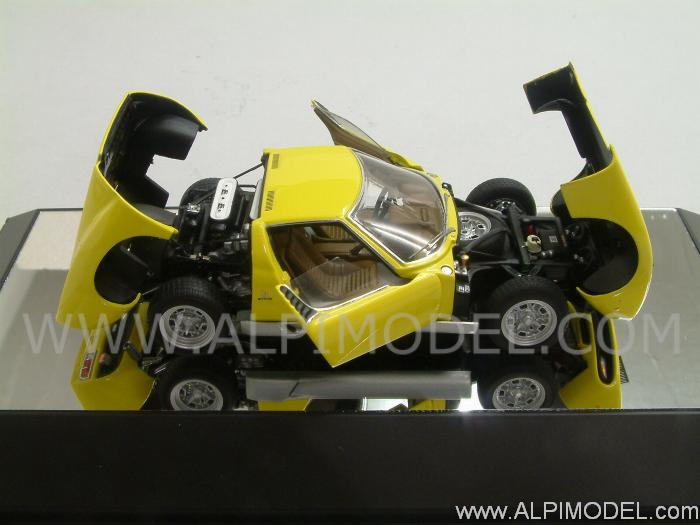 Auto Art Lamborghini Miura Sv Yellow With Opening Parts 1 43 Scale Model