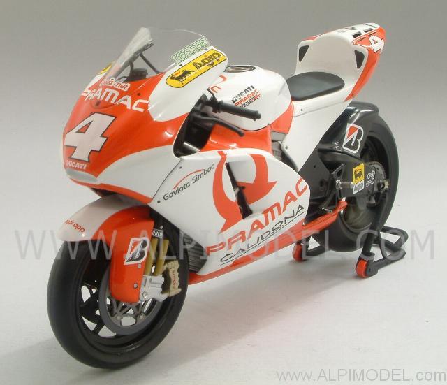 minichamps Ducati Desmosedici GP7 Team Pramac MotoGP 2007 A. Barros (1/12 scale model)