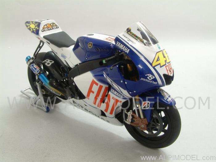 minichamps Yamaha YZR-M1 World Champion MotoGP 2009 Valentino Rossi (1/12 scale model)