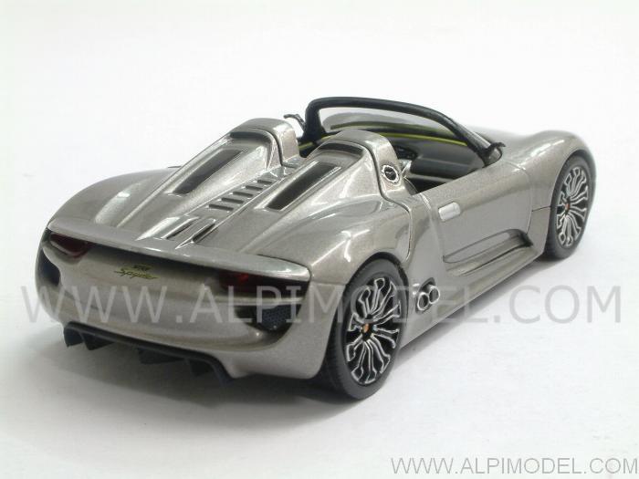 minichamps porsche 918 spyder 2011 liquid metal 1 43 scale model. Black Bedroom Furniture Sets. Home Design Ideas