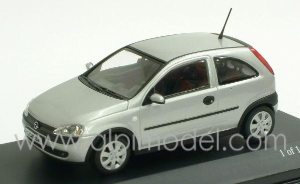 minichamps opel corsa 2000 star silver 1 43 scale model. Black Bedroom Furniture Sets. Home Design Ideas