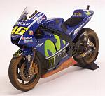 Yamaha YZR-M1 MotoGP Malaysia 2017 Valentino Rossi (dirty version - rain tires) by MINICHAMPS