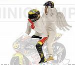 Valentino Rossi + Angel (2 figurines) GP 250 Rio World Champion 1999 by MINICHAMPS