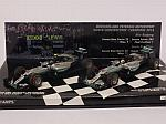 Mercedes W07 Costructor World Champion Set 2016 Nico Rosberg - Lewis Hamilton by MINICHAMPS