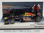 Red Bull RB7 GP Japan 2011 World Champion Sebastian Vettel - Special Edition by MINICHAMPS