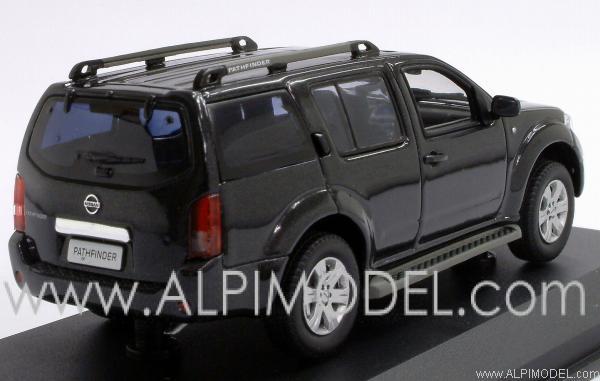 Norev Nissan Pathfinder Black 1 43 Scale Model