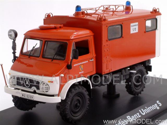 schuco mercedes unimog fire brigades mainz 39 funkkoffer 39 1 43 scale model. Black Bedroom Furniture Sets. Home Design Ideas