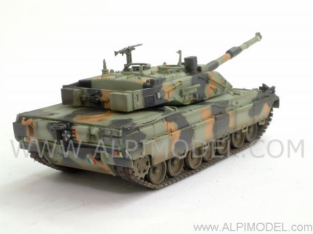 Trumpeter mbt ariete carro armato esercito italiano for Ariete evo 2 in 1