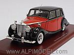 Rolls Royce Silver Wraith 1952 (Royal Red/Black) by TRUE SCALE MINIATURES