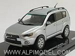 Mitsubishi New Outlander (Cool Silver) by VITESSE